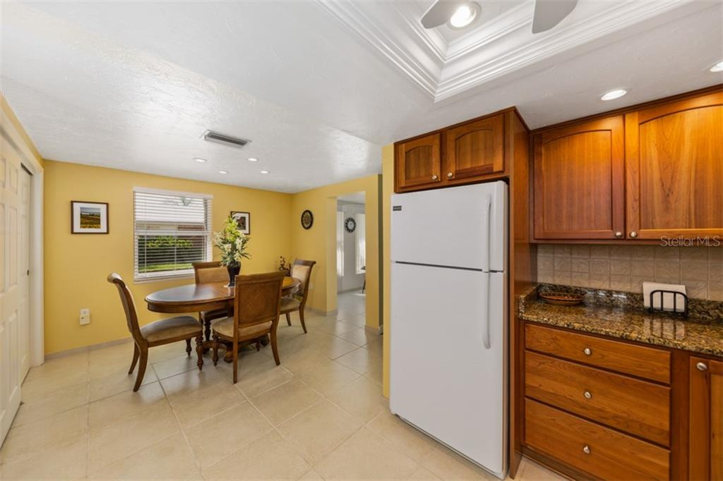 Kitchen/Dining area - Condo for sale at 6140 Midnight Pass Rd #c-9, Sarasota, FL 34242 - MLS Number is A4195879