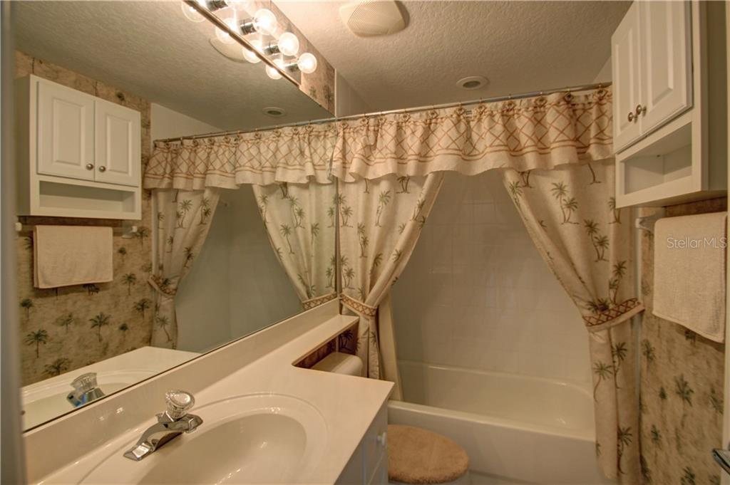 Guest Bathroom - Condo for sale at 7212 Cedar Hollow Cir #101, Bradenton, FL 34203 - MLS Number is A4200795