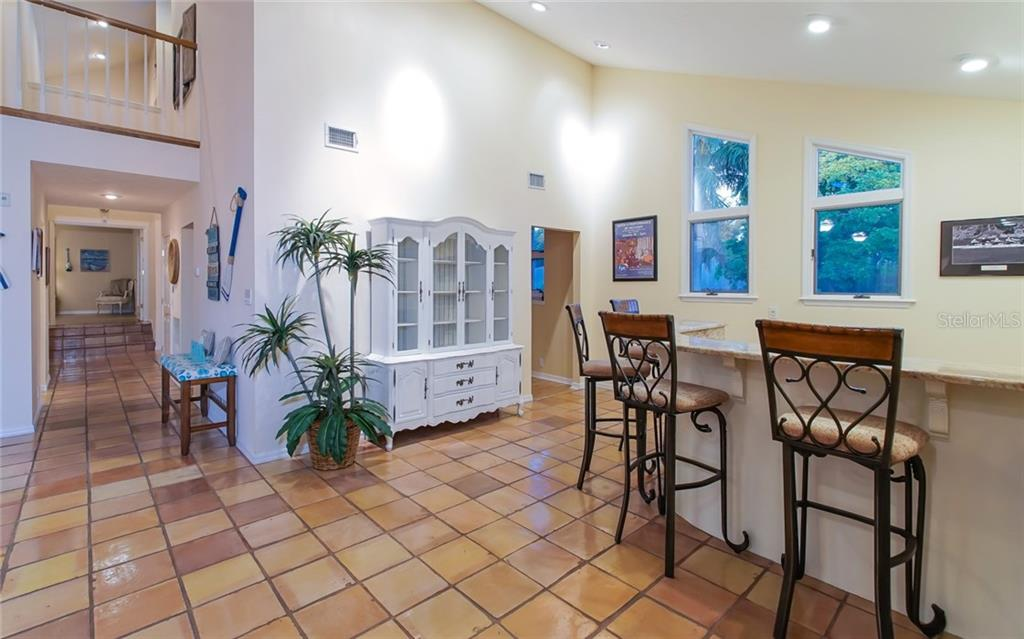 Single Family Home for sale at 5325 Siesta Ct, Sarasota, FL 34242 - MLS Number is A4201290