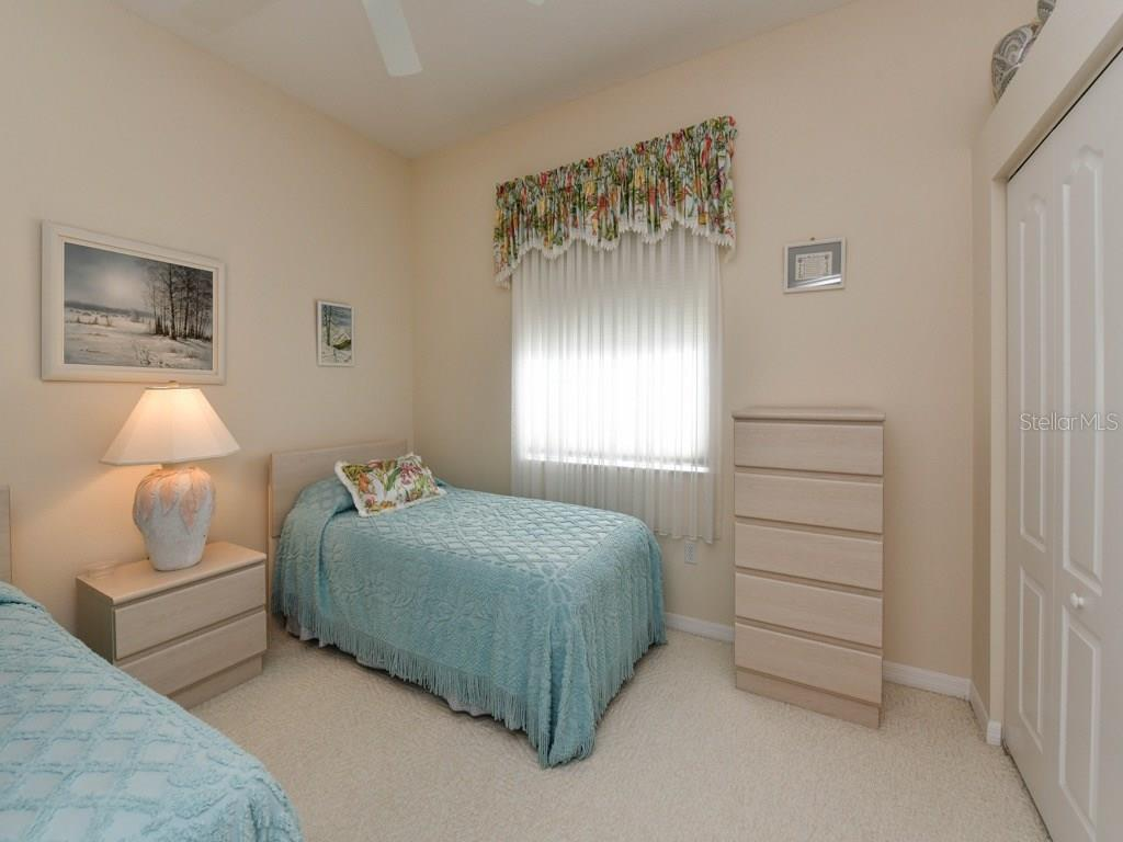 Bedroom 3 - Single Family Home for sale at 709 Sawgrass Bridge Rd, Venice, FL 34292 - MLS Number is A4201753