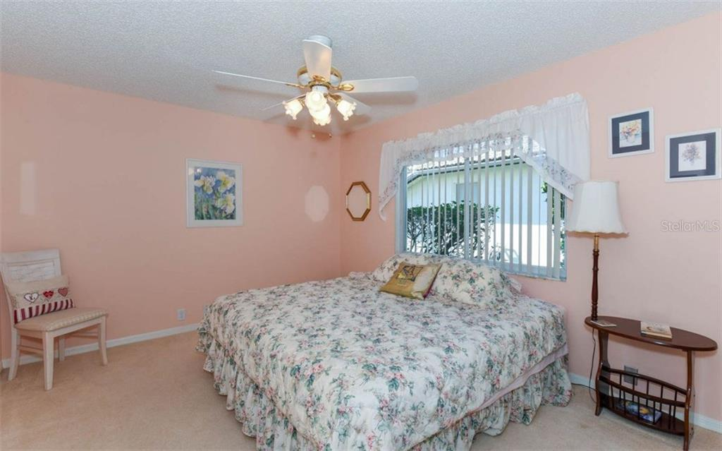 Single Family Home for sale at 4205 Pro Am Ave E, Bradenton, FL 34203 - MLS Number is A4202323