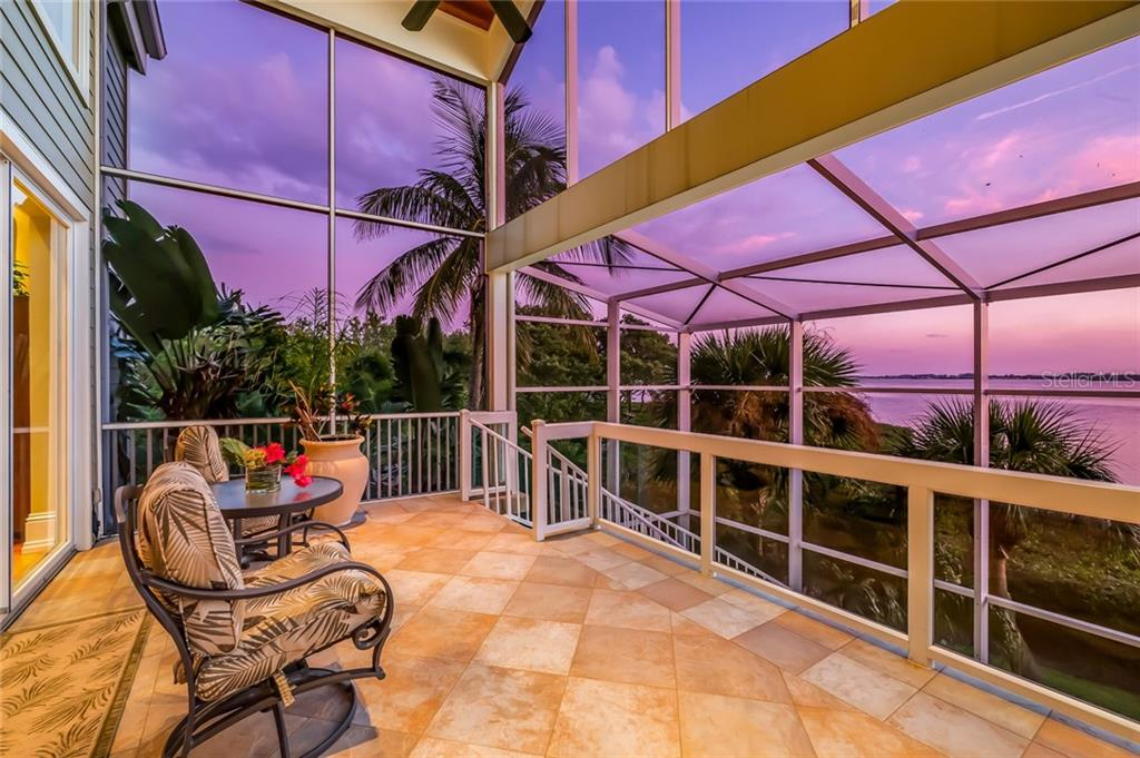 Expansive Outdoor Living Space - Single Family Home for sale at 39 Tidy Island Blvd, Bradenton, FL 34210 - MLS Number is A4202735