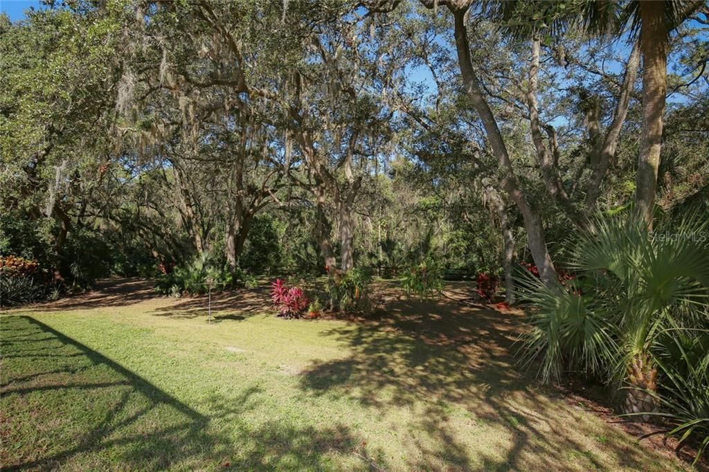 Single Family Home for sale at 4400 Baycedar Ln, Sarasota, FL 34241 - MLS Number is A4203617