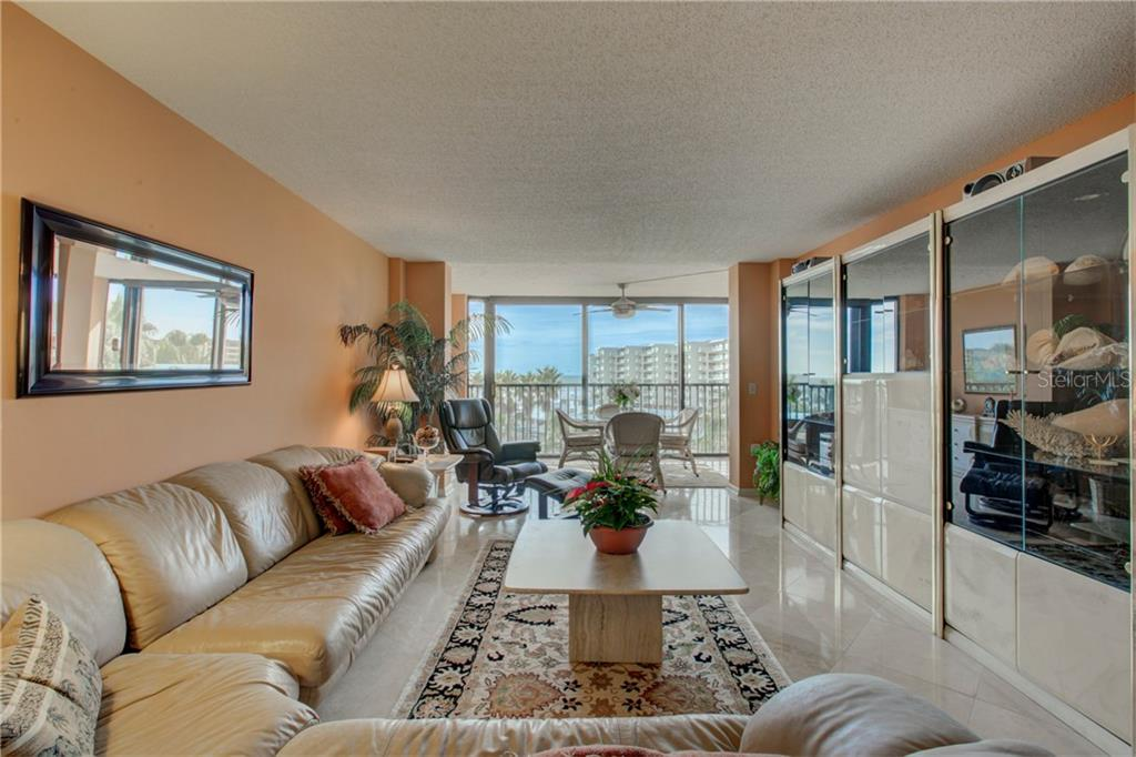 Living room - Condo for sale at 5880 Midnight Pass Rd #610, Sarasota, FL 34242 - MLS Number is A4204670