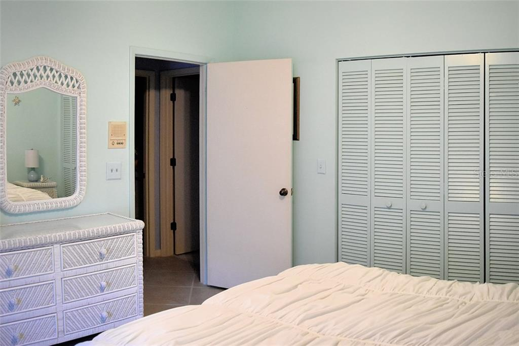 Bedroom 2 - Condo for sale at 1618 Starling Dr #105, Sarasota, FL 34231 - MLS Number is A4204864