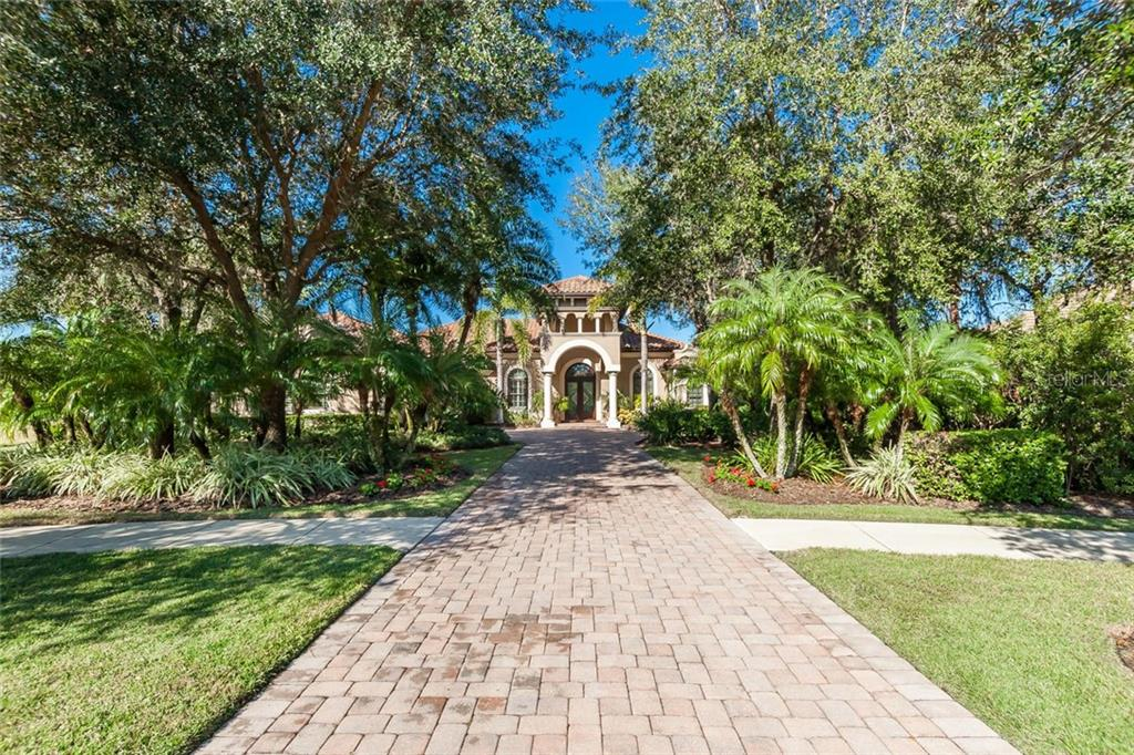 Grand entrance with pavered drive up to this beautiful home! - Single Family Home for sale at 8346 Farington Ct, Bradenton, FL 34202 - MLS Number is A4206244