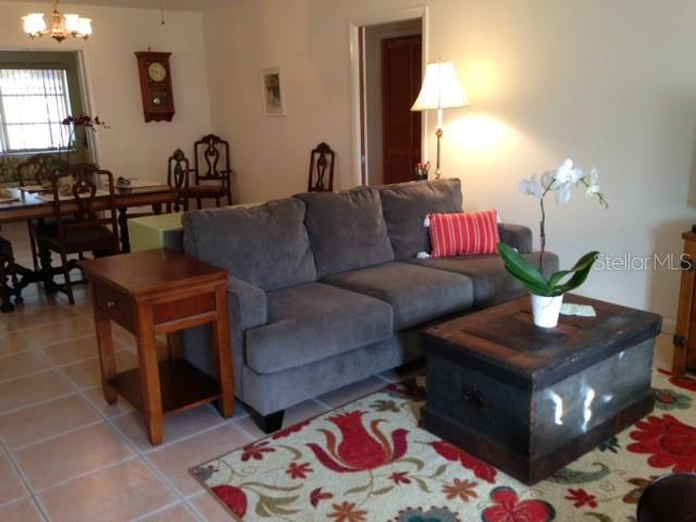 Living room - Single Family Home for sale at 900 Nectar Rd, Venice, FL 34293 - MLS Number is A4206774