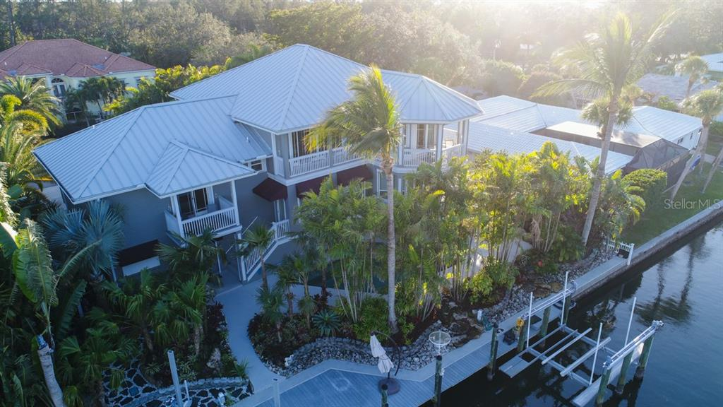 Single Family Home for sale at 623 Buttonwood Dr, Longboat Key, FL 34228 - MLS Number is A4207379
