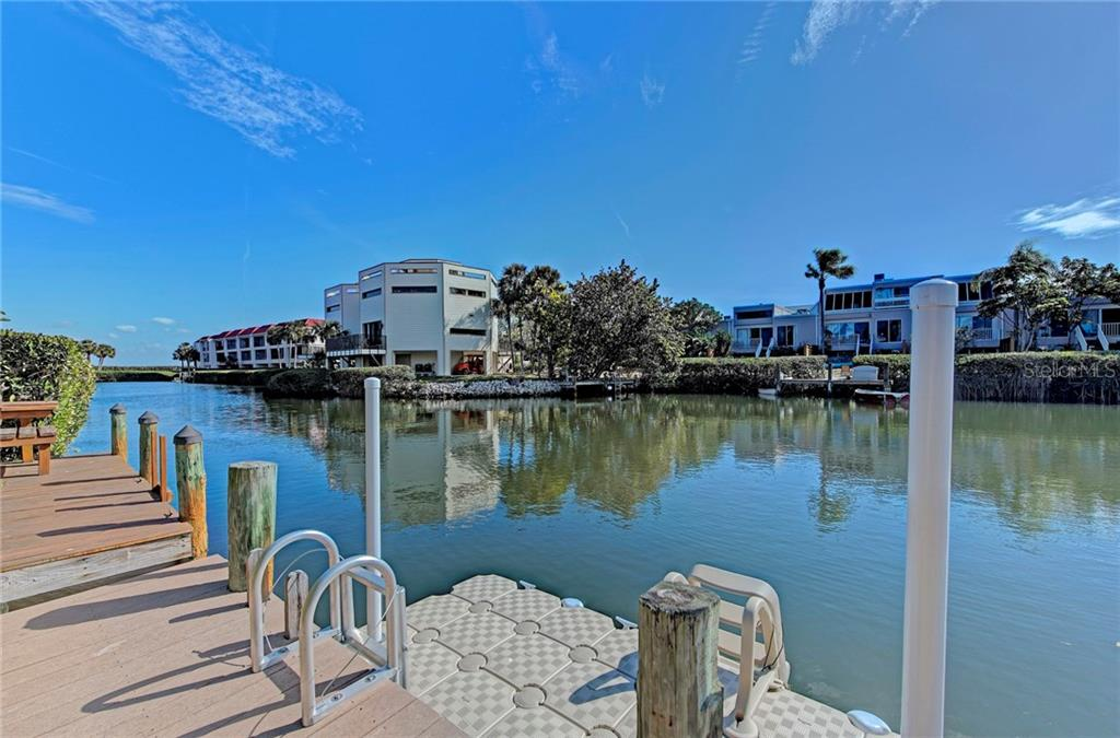Townhouse for sale at 3803 E Bay Dr #8, Holmes Beach, FL 34217 - MLS Number is A4208845