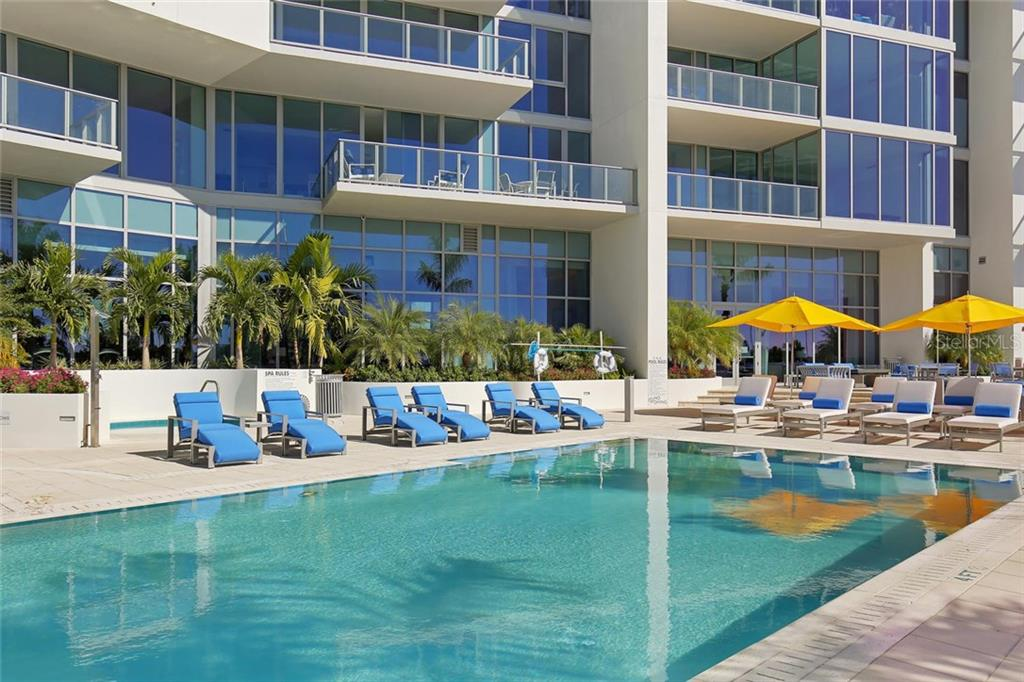Swimming pool - Condo for sale at 1155 N Gulfstream Ave #304, Sarasota, FL 34236 - MLS Number is A4208934