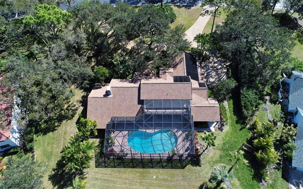 Behind the gates of Bent Tree, this home offers a great location, picturesque setting, spacious living, and more! - Single Family Home for sale at 5122 Willow Leaf Dr, Sarasota, FL 34241 - MLS Number is A4209555