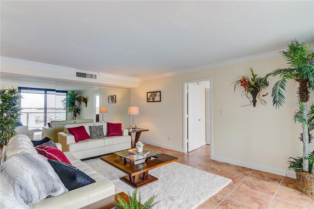 One Watergate Condo Application - Condo for sale at 1111 N Gulfstream Ave #7b, Sarasota, FL 34236 - MLS Number is A4212040