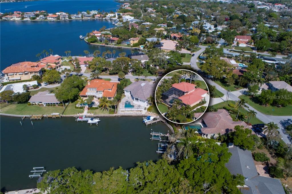 Single Family Home for sale at 1764 Little Pointe Cir, Sarasota, FL 34231 - MLS Number is A4213553