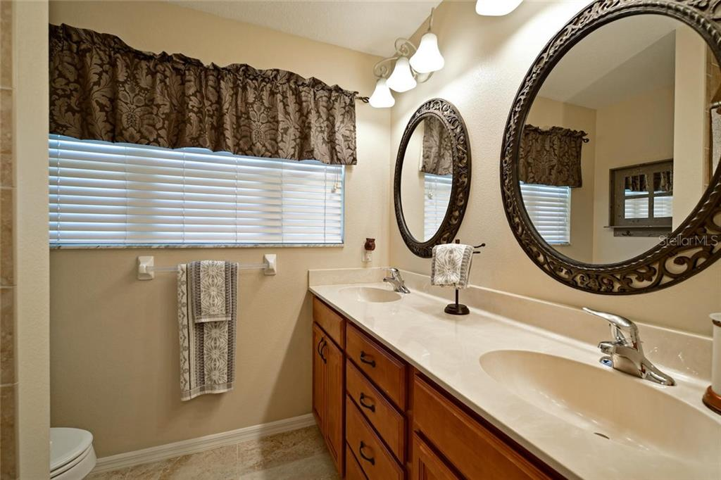 Guest bath - Single Family Home for sale at 2123 147th Ct E, Bradenton, FL 34212 - MLS Number is A4215787