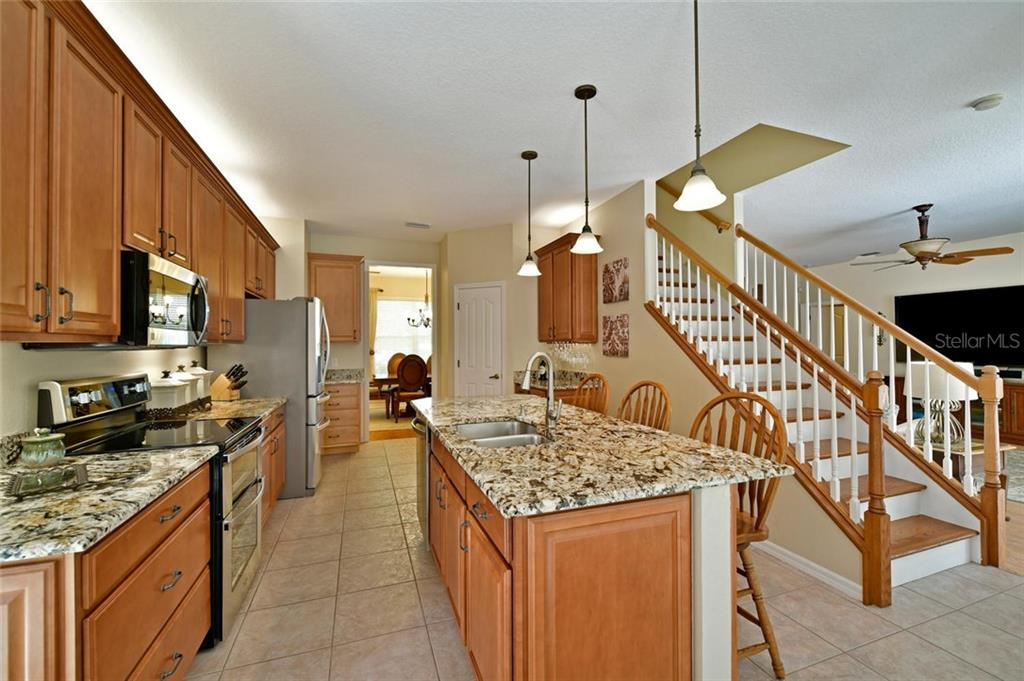 Stunning granite - Single Family Home for sale at 2123 147th Ct E, Bradenton, FL 34212 - MLS Number is A4215787
