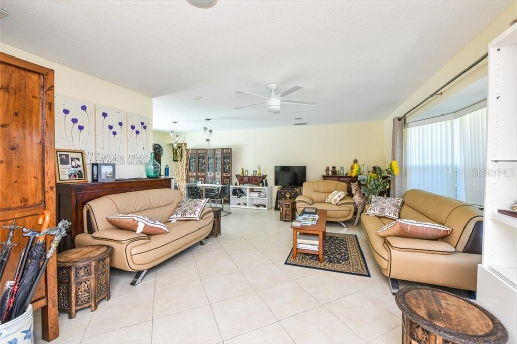 Single Family Home for sale at 1150 Bogey Ln, Longboat Key, FL 34228 - MLS Number is A4400374