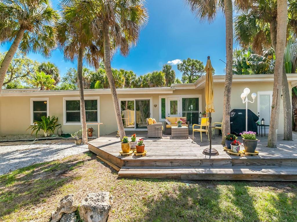 Single Family Home for sale at 4520 Higel Ave, Sarasota, FL 34242 - MLS Number is A4400790