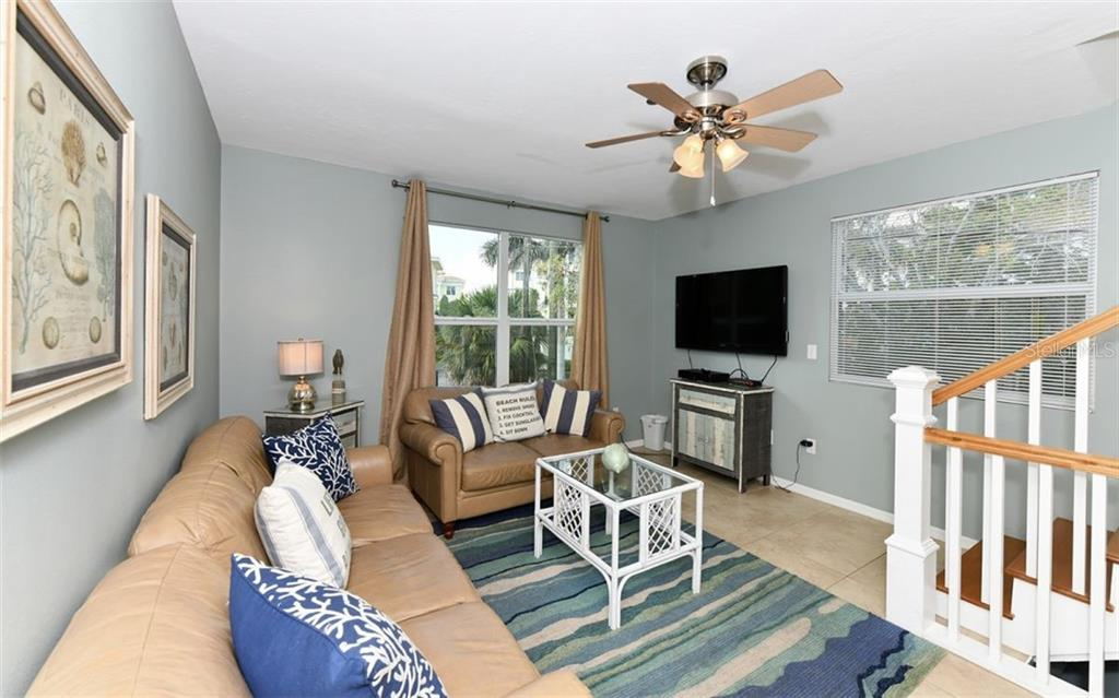 Duplex/Triplex for sale at 355 Calle Miramar, Sarasota, FL 34242 - MLS Number is A4401609