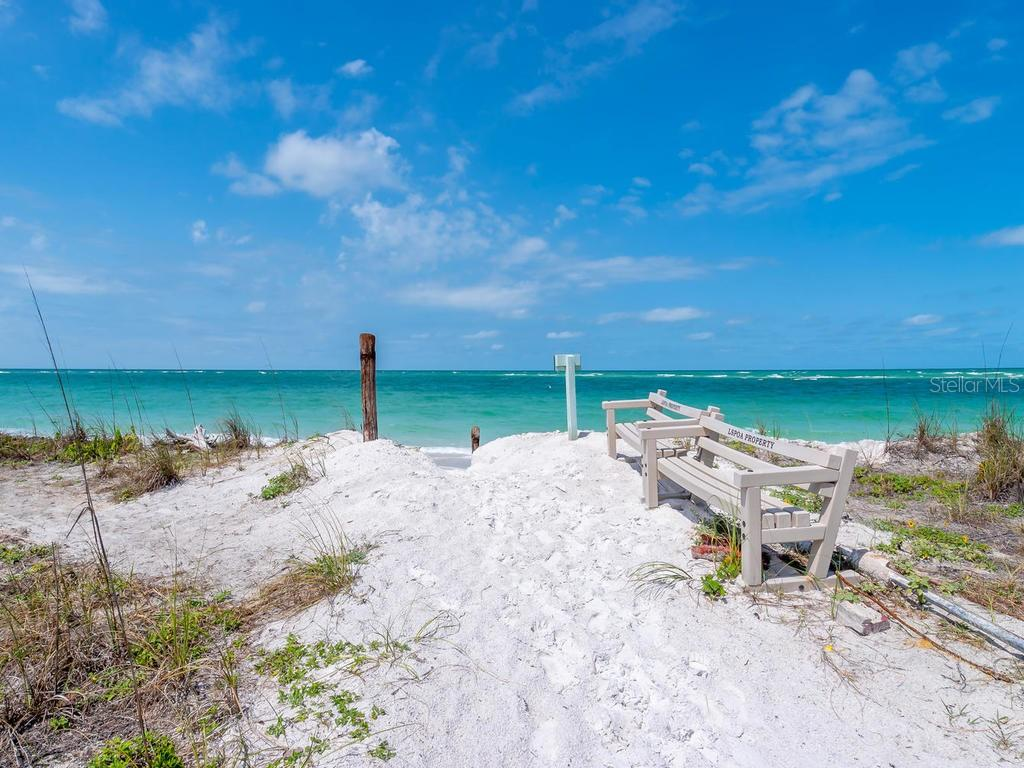 Deeded and gated beach access - Single Family Home for sale at 1173 Morningside Pl, Sarasota, FL 34236 - MLS Number is A4401654