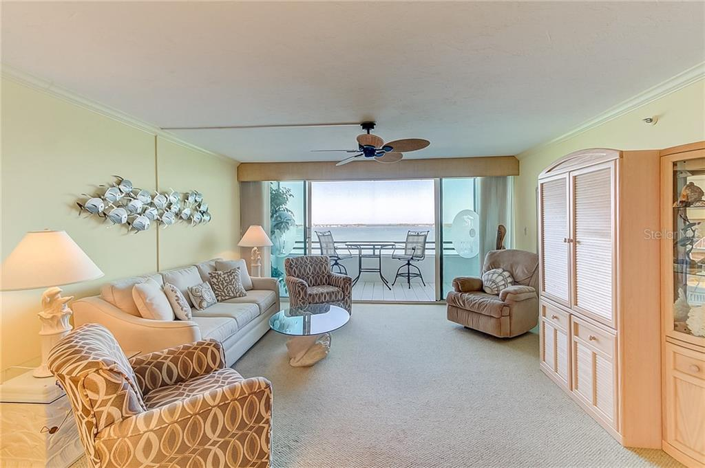 Condo for sale at 988 Blvd Of The Arts #1410, Sarasota, FL 34236 - MLS Number is A4402221