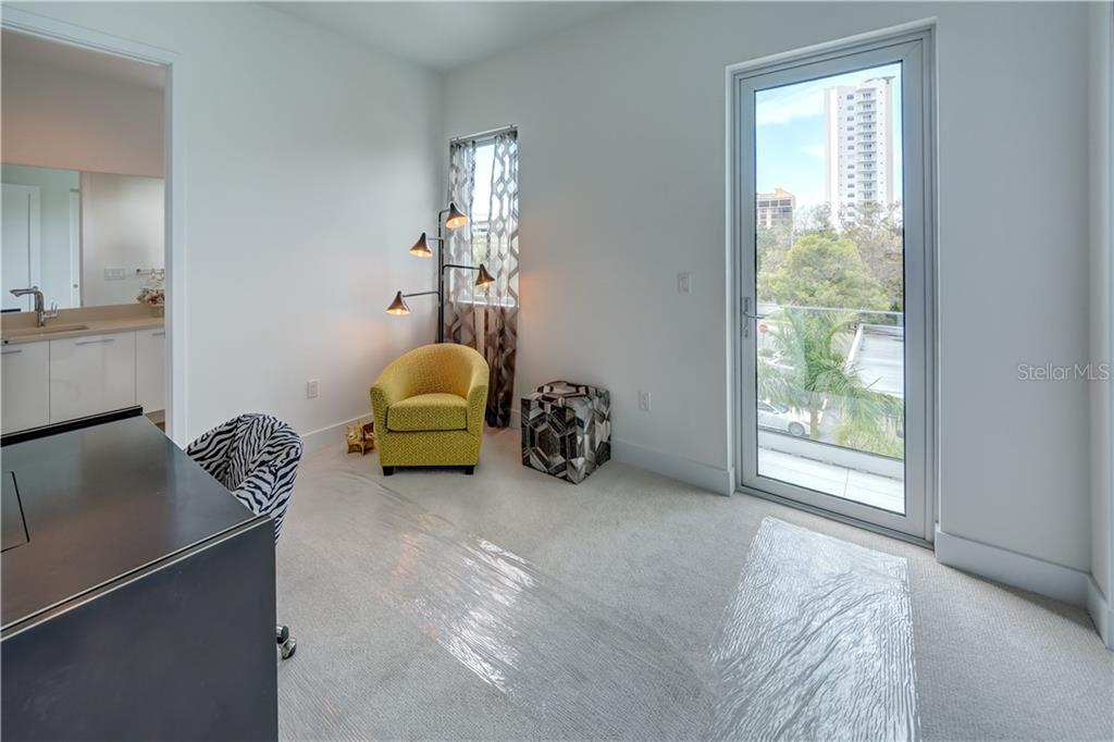 2nd Bedroom and full bath - Townhouse for sale at 632 S Rawls Ave, Sarasota, FL 34236 - MLS Number is A4404361