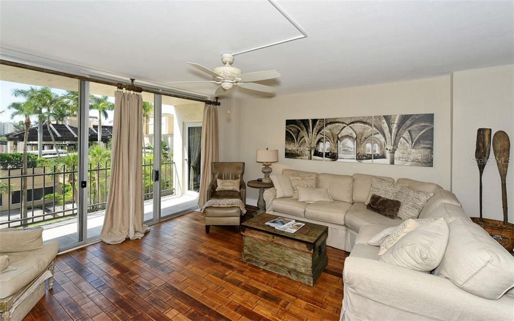 New Supplement - Condo for sale at 1212 Benjamin Franklin Dr #303, Sarasota, FL 34236 - MLS Number is A4406988