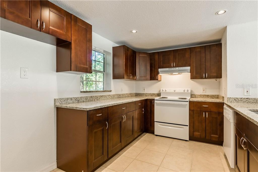 Single Family Home for sale at 4408 Midnight Pass Rd, Sarasota, FL 34242 - MLS Number is A4411108