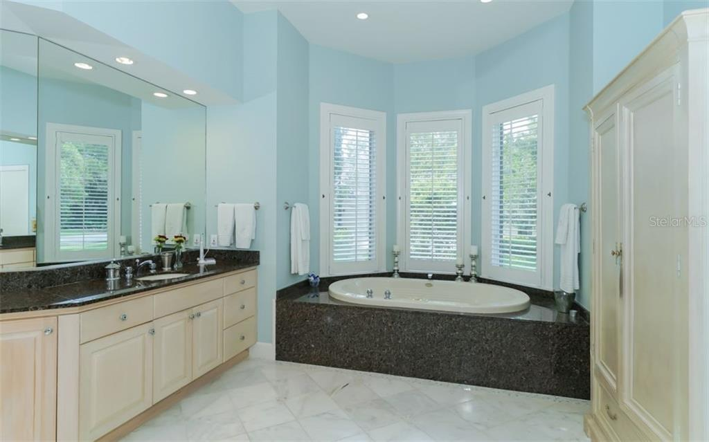 Master Bath - Single Family Home for sale at 3183 Dick Wilson Dr, Sarasota, FL 34240 - MLS Number is A4412326