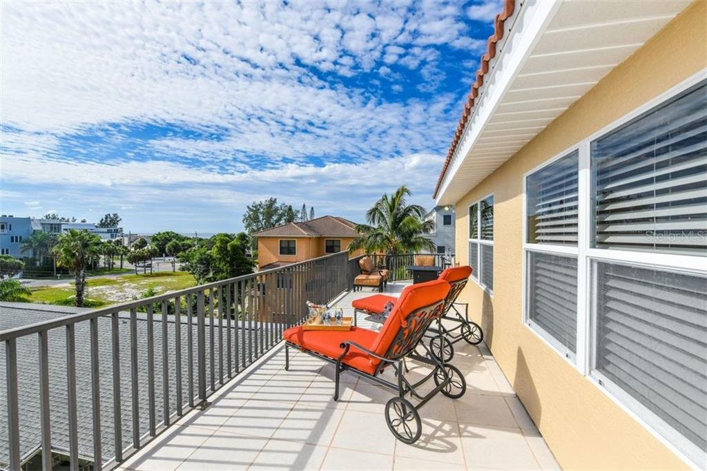 Siesta Villa 2nd Amendment - Condo for sale at 442 Canal Rd #d, Sarasota, FL 34242 - MLS Number is A4413395