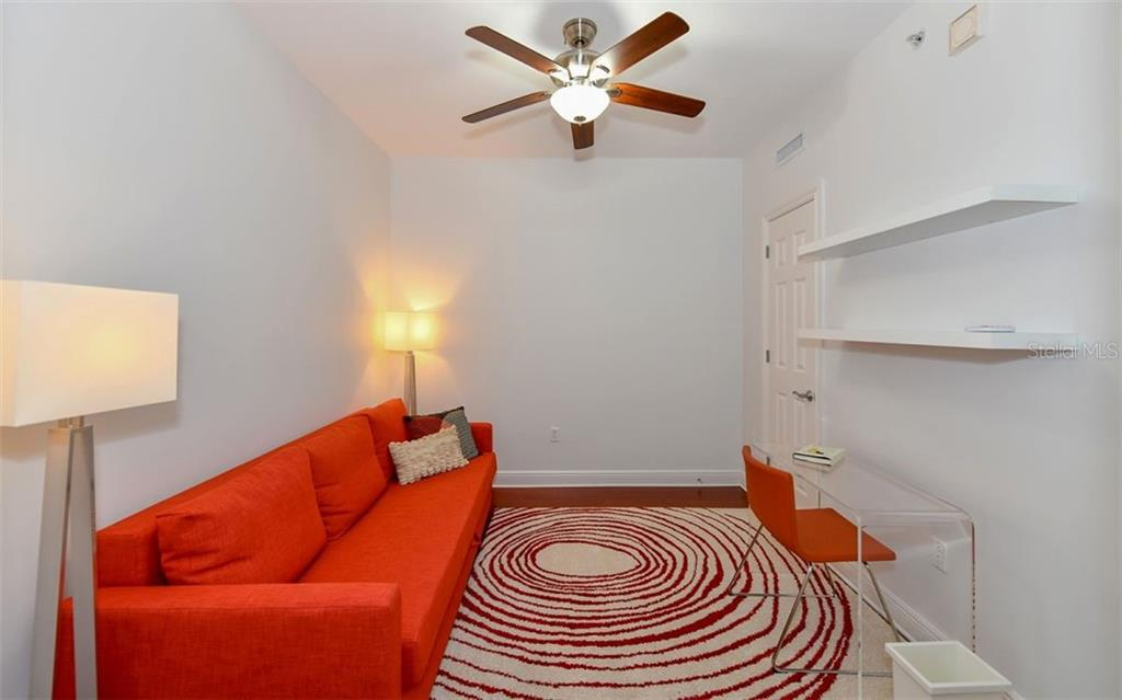 3rd Bedroom being used as a den - Condo for sale at 1771 Ringling Blvd #1011, Sarasota, FL 34236 - MLS Number is A4414630