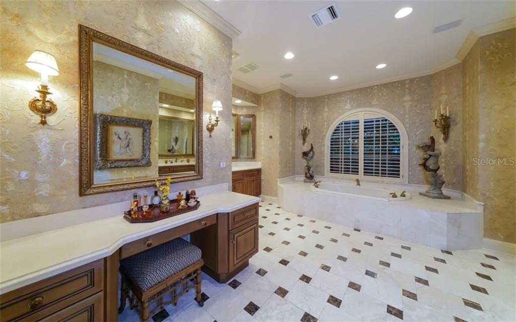 Master Bath - Single Family Home for sale at 2829 Wilfred Reid Cir, Sarasota, FL 34240 - MLS Number is A4416091