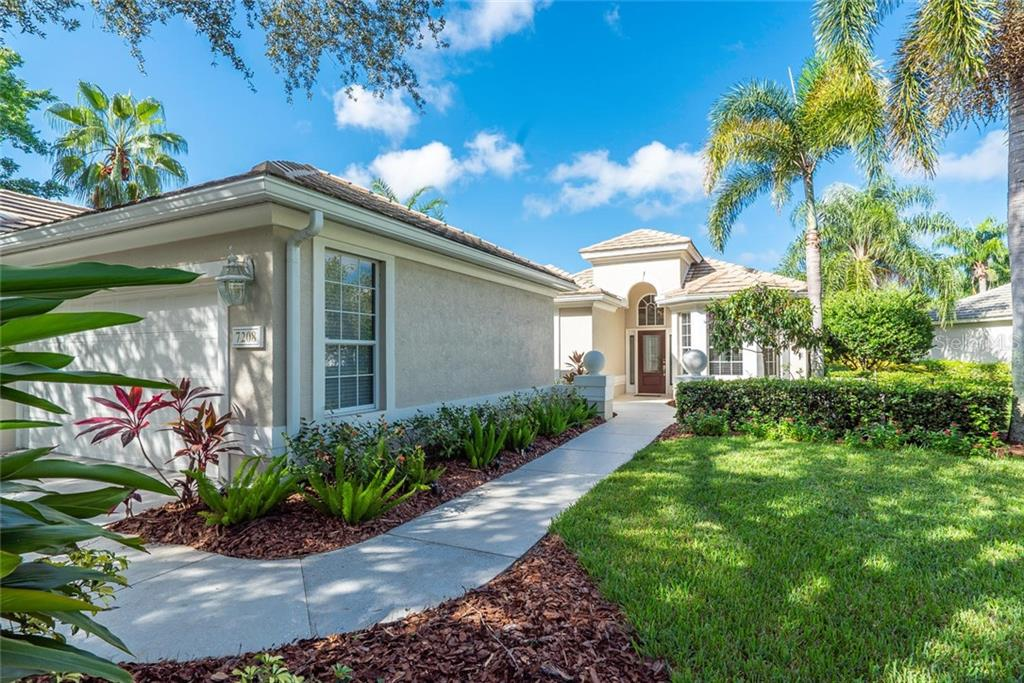 Single Family Home for sale at 7208 Kensington Ct, University Park, FL 34201 - MLS Number is A4416829