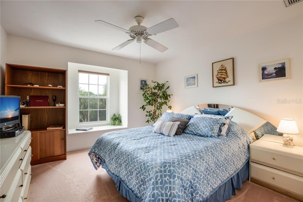 second floor guest bedroom - Single Family Home for sale at 4963 Oxford Dr, Sarasota, FL 34242 - MLS Number is A4417783