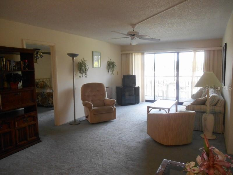Condo for sale at 6114 43rd St W #301e, Bradenton, FL 34210 - MLS Number is A4422788
