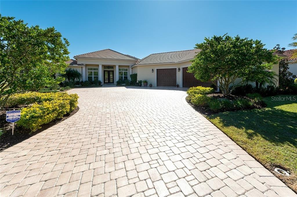 Home Information for Buyer - Single Family Home for sale at 19452 Beacon Park Pl, Bradenton, FL 34202 - MLS Number is A4422948