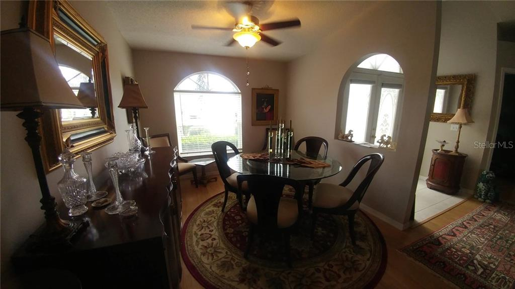 Single Family Home for sale at 6024 Java Plum Ln, Bradenton, FL 34203 - MLS Number is A4423487