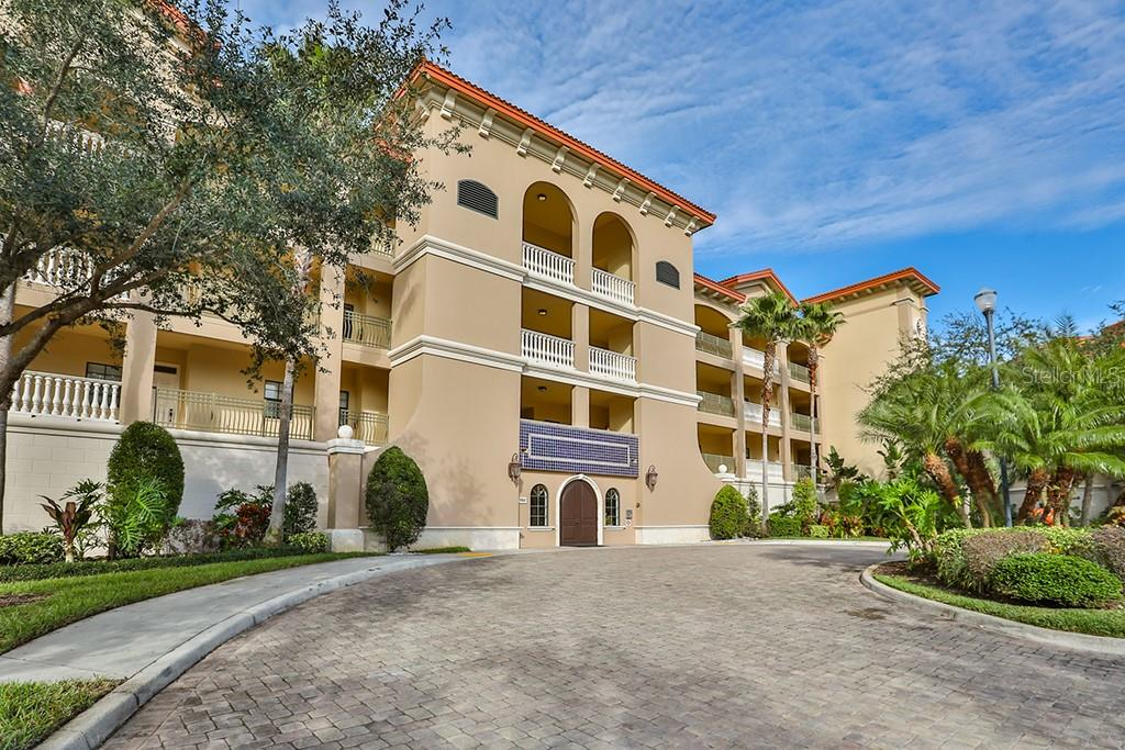 Condo for sale at 7702 Lake Vista Ct #406, Lakewood Ranch, FL 34202 - MLS Number is A4424792