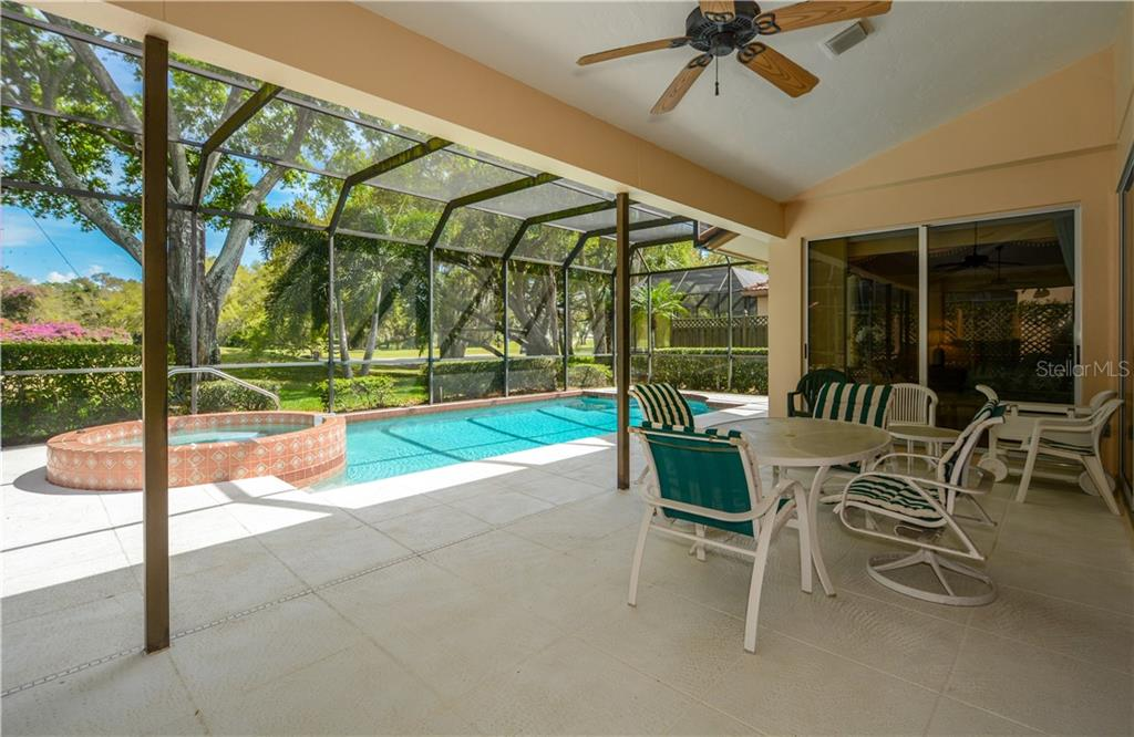 Single Family Home for sale at 7535 Calle Facil, Sarasota, FL 34238 - MLS Number is A4426224