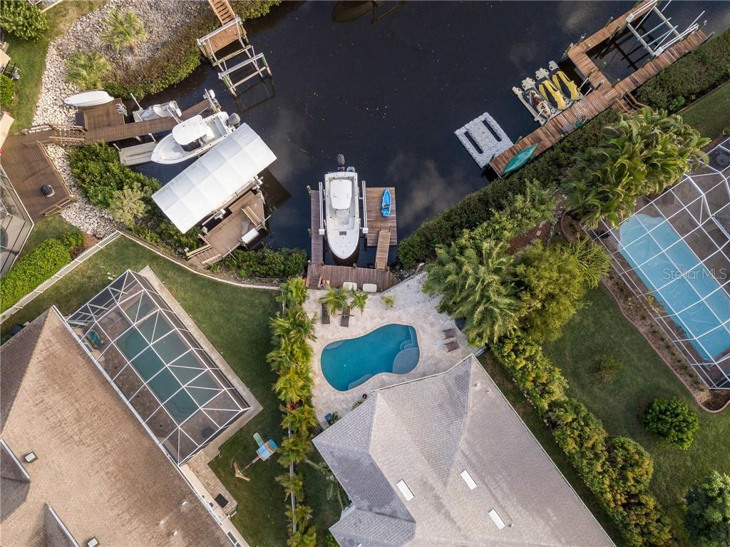 Current lift setup with 25 foot boat but can accommodate larger - Single Family Home for sale at 3611 4th Ave Ne, Bradenton, FL 34208 - MLS Number is A4426978
