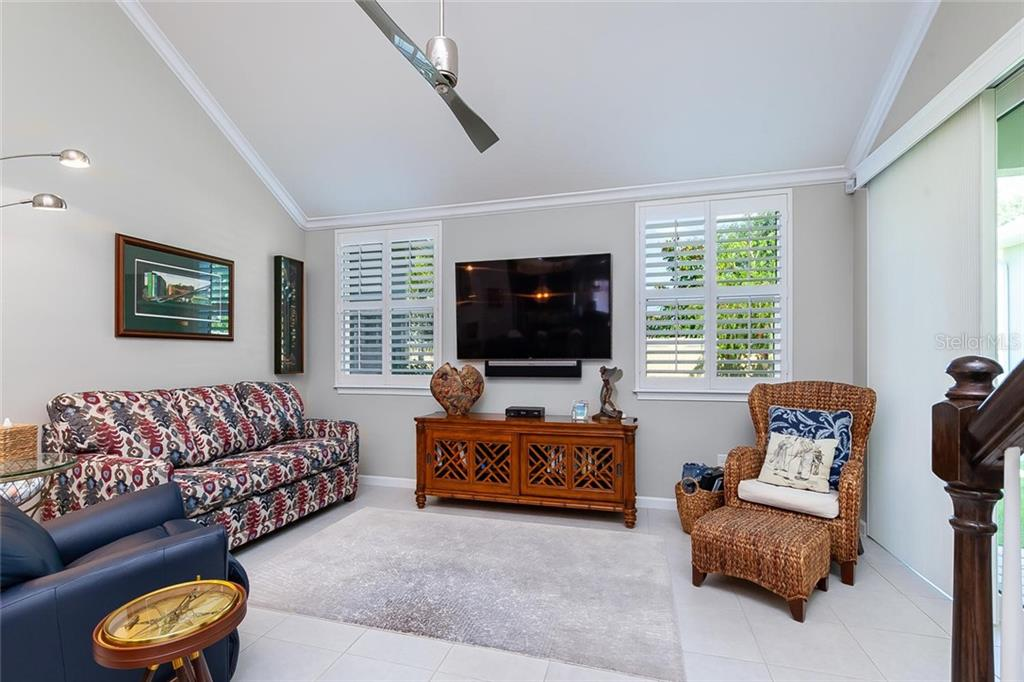 Townhouse for sale at 5057 Deuce St, Sarasota, FL 34232 - MLS Number is A4427163