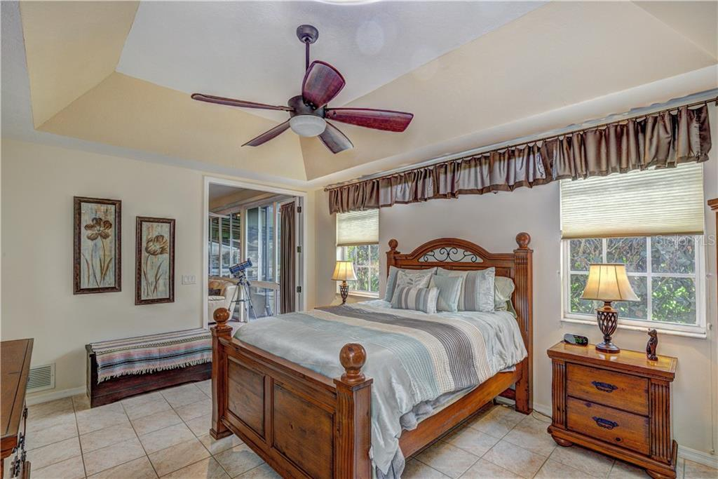 Master has double glass doors to florida room - Single Family Home for sale at 6321 W Glen Abbey Ln E, Bradenton, FL 34202 - MLS Number is A4429610
