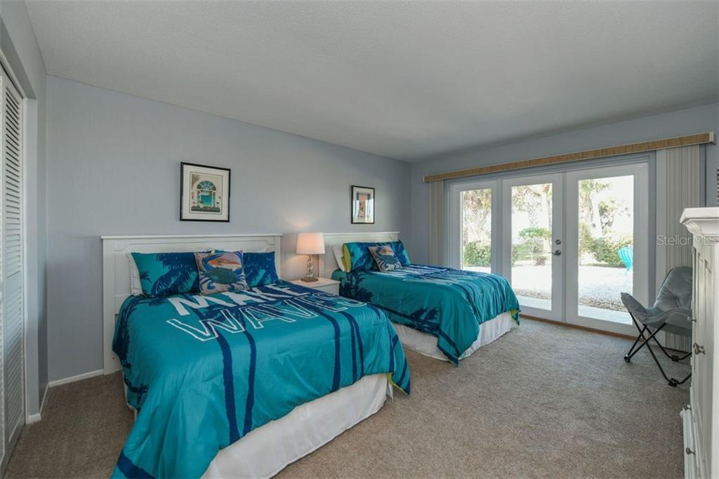 Existing home bedroom 3 - Single Family Home for sale at 513 Casey Key Rd, Nokomis, FL 34275 - MLS Number is A4430962