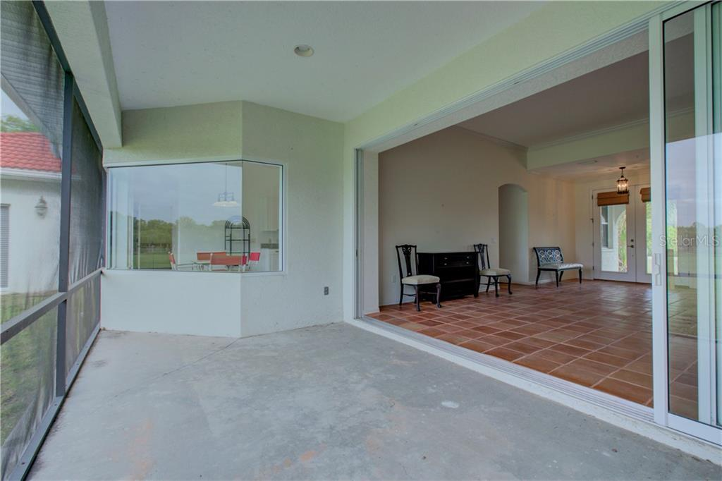 Single Family Home for sale at 1358 Palm View Rd, Sarasota, FL 34240 - MLS Number is A4431186
