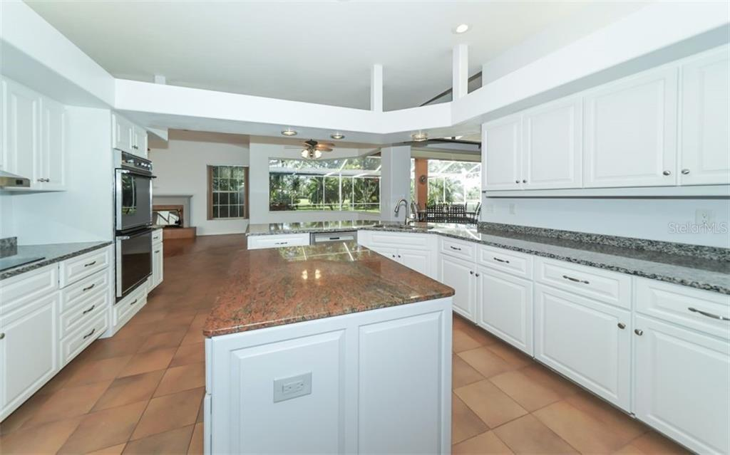 Single Family Home for sale at 8477 Turnberry Cir, Sarasota, FL 34241 - MLS Number is A4433249