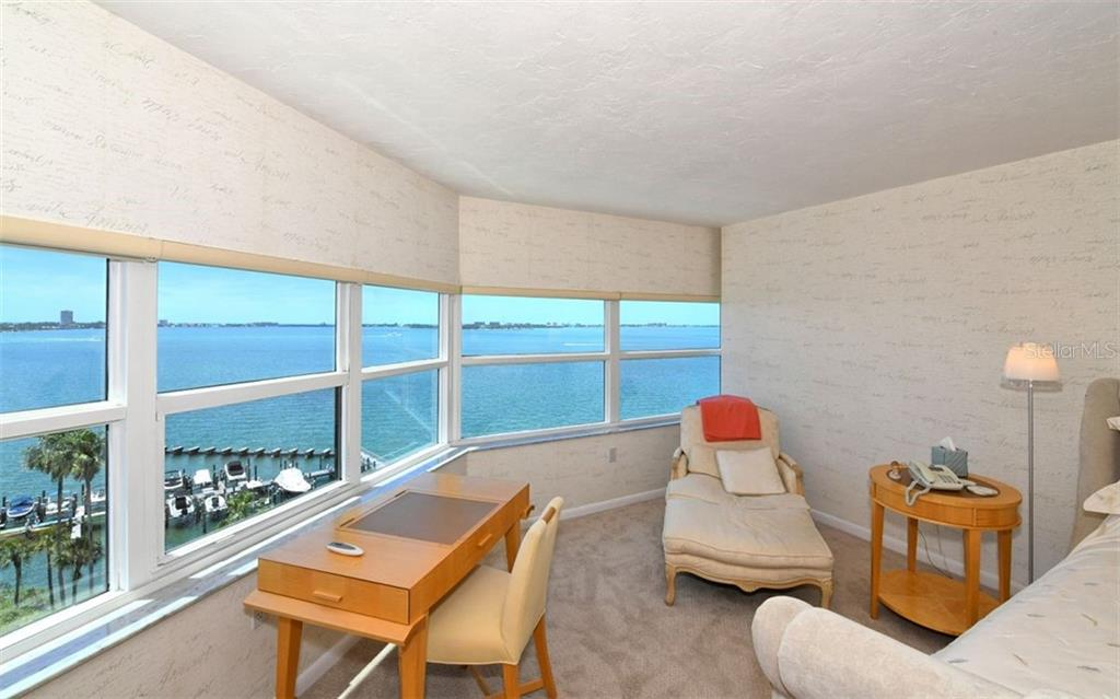 Condo for sale at 988 Blvd Of The Arts #1009, Sarasota, FL 34236 - MLS Number is A4434477