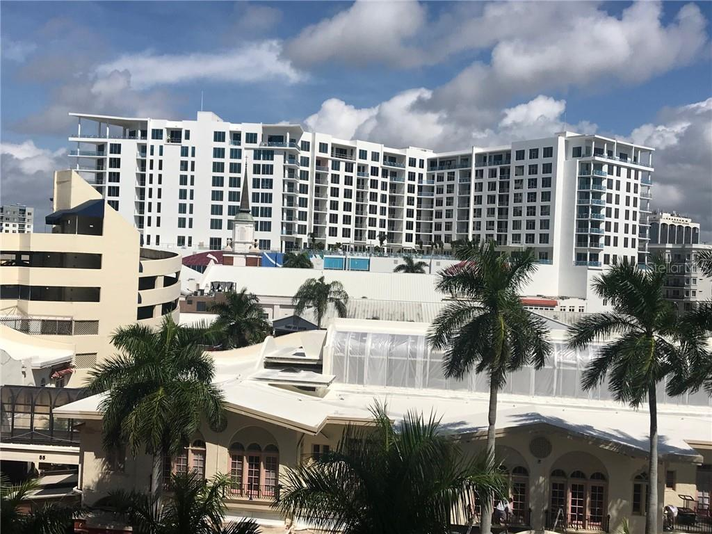 View from balcony. - Condo for sale at 101 S Gulfstream Ave #6d, Sarasota, FL 34236 - MLS Number is A4434802
