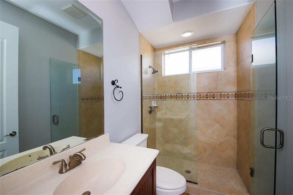 Fourth bathroom - Single Family Home for sale at 902 Riviera Dunes Way, Palmetto, FL 34221 - MLS Number is A4436277