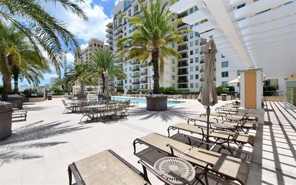 Space to relax or gather with friends - Condo for sale at 800 N Tamiami Trl #602, Sarasota, FL 34236 - MLS Number is A4436915