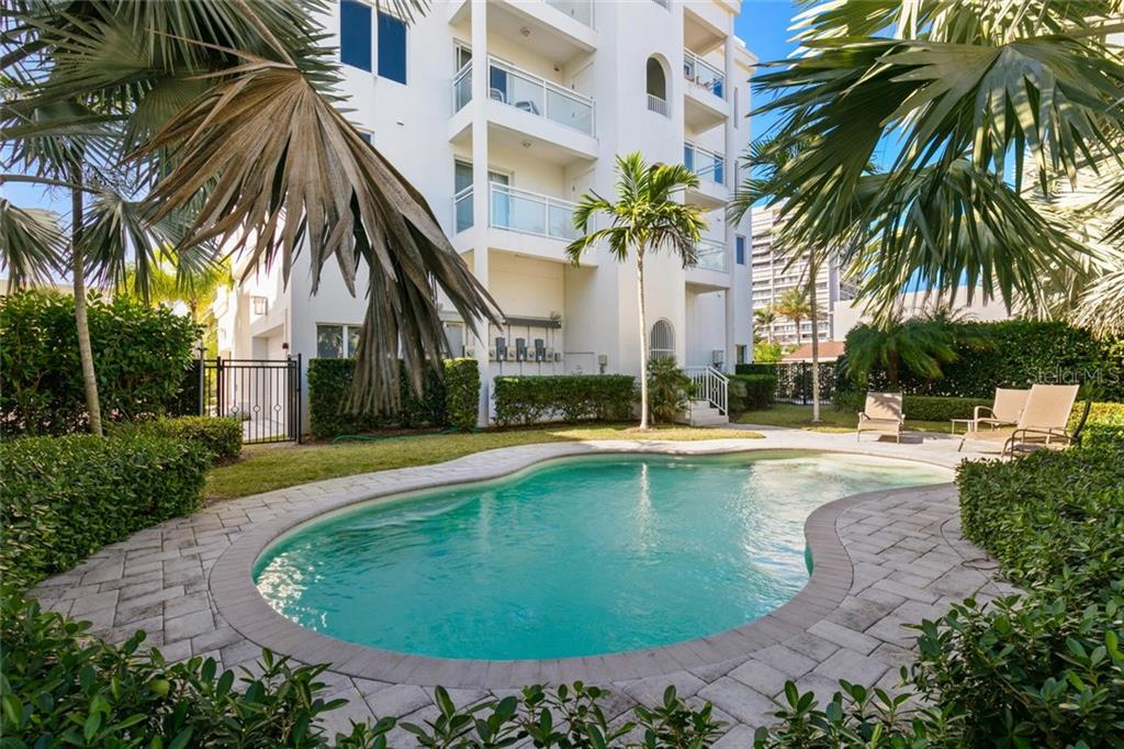 Guest Bedroom 3. - Condo for sale at 301 Beach Rd #301-1, Sarasota, FL 34242 - MLS Number is A4438015