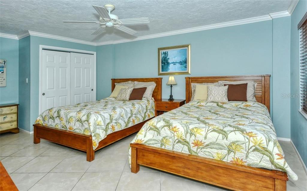 Condo for sale at 6300 Midnight Pass Rd #1004, Sarasota, FL 34242 - MLS Number is A4447507